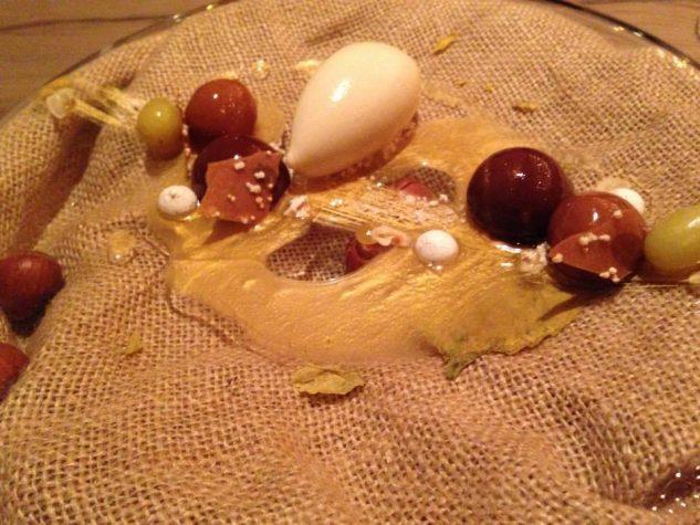 Haselnuss und Schokolade Rosinen / Haselnusseis / Nougat