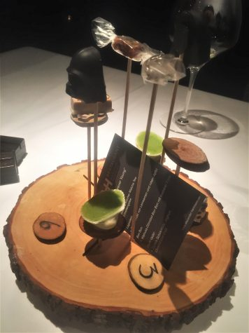 """Forever young"" - Petits Fours"