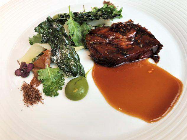 Bauer Beuthes Schweinenacken - Misobohnen und Brokkoli