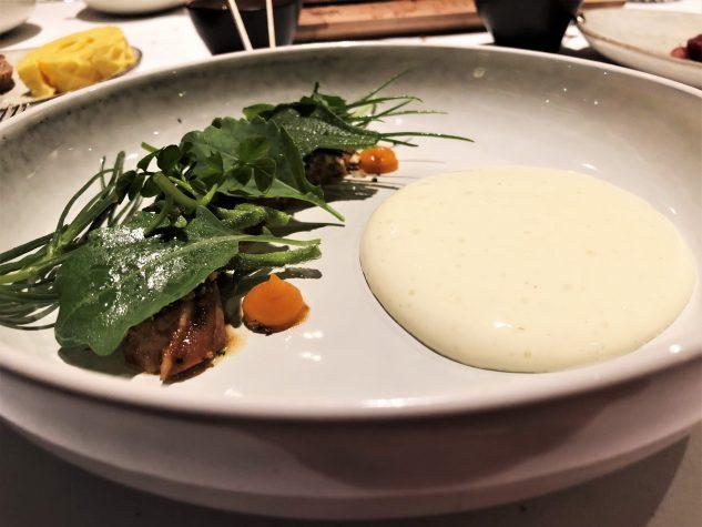 Tauernlammbauch BBQ, Salzkräuter und Fürstenhof Joghurt