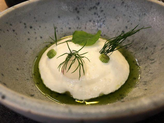 Amuse Bouche: Tomate, Gurke, griechischer Joghurt