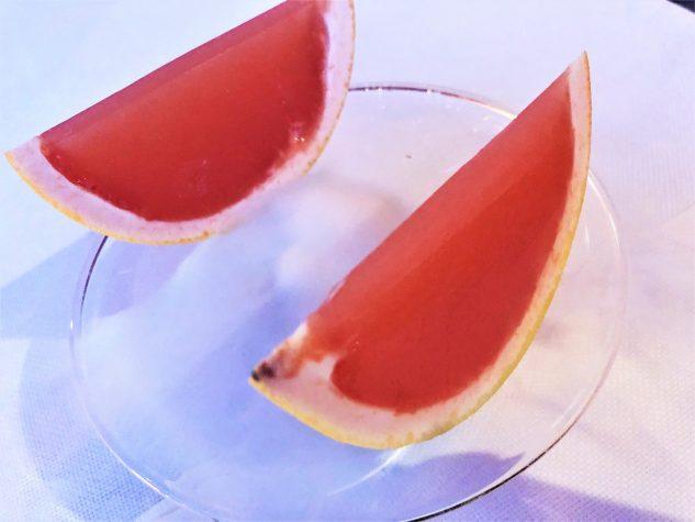 Pré-Dessert 1: Grapefruitgelee mit Campari