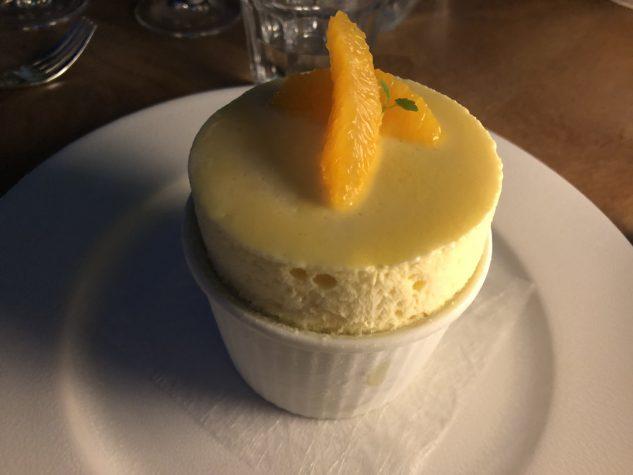 Geeistes Soufflée von Orangen und Grand Marnier