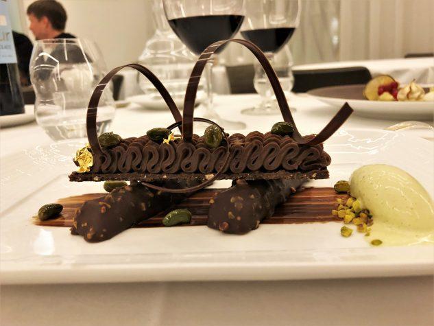 Akkord von Schokolade und Pistazie