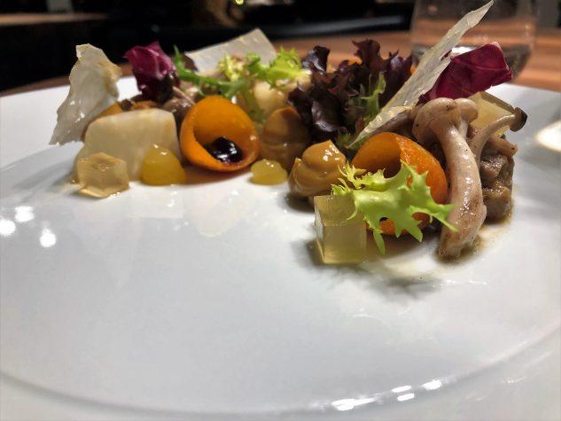 EntenRillette / Buchenpilze / Eigelbcreme / Kumquat / Holunder