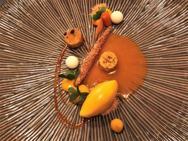 Rüblikuchen / Sorbet / Sauce / Kuchen