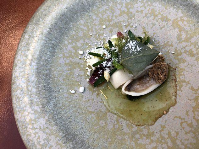 Auster, Ziegenkäse, Algen