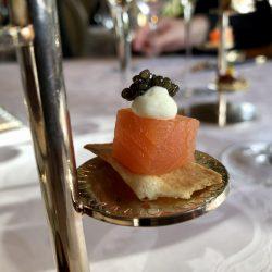 Balik Lachs mit Kaviar