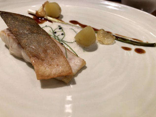 Saibling / Frühlingszwiebel / Neue Kartoffel / Vin Jaune Emulsion