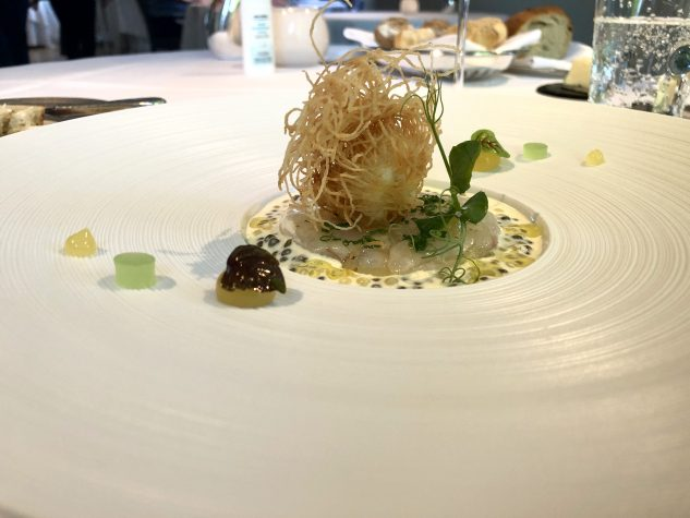 Roh marinierter Langostino mit Imperial-Caviar und Langoustine Croustillant