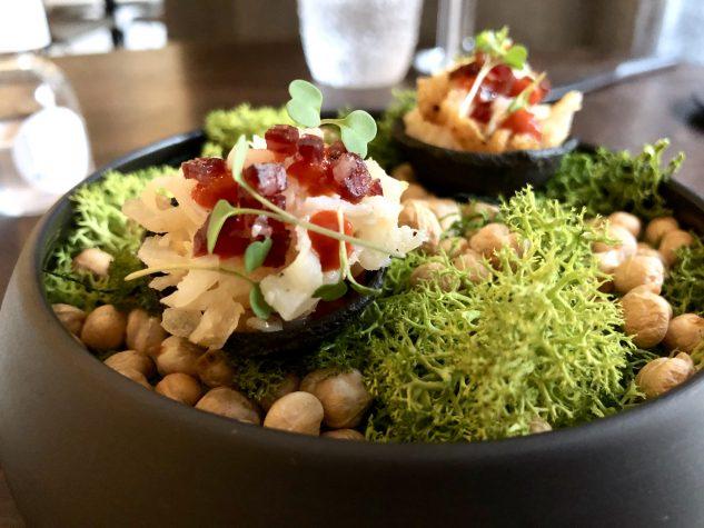 Amuse Bouche: Tartelette mit Oktopus und Iberico-Salami
