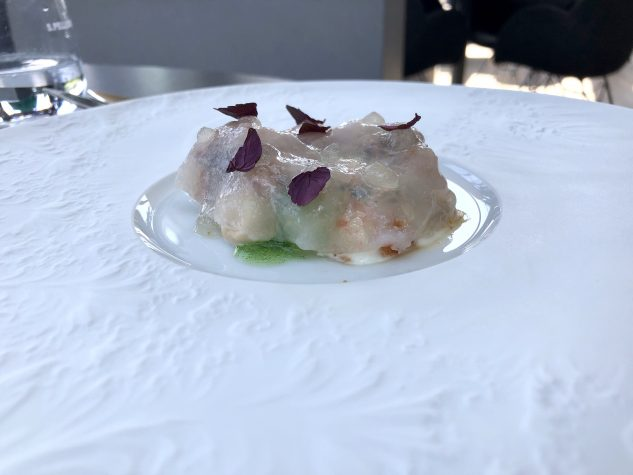 Langoustine / Kalbsbries / Kimchi und Shiso