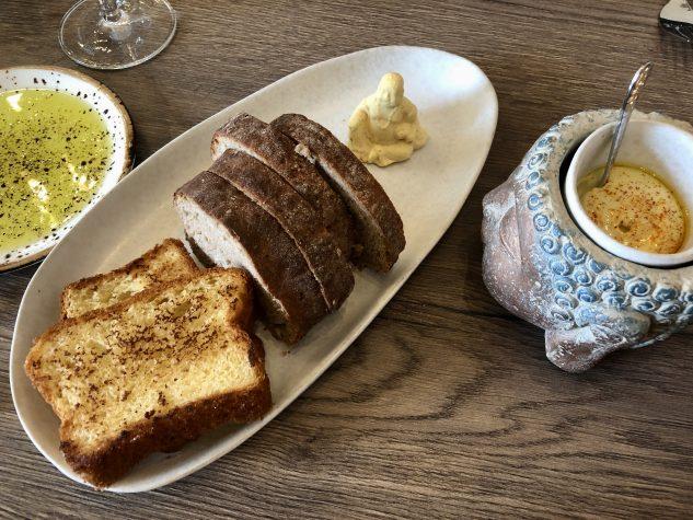 Brot, Butter, Aioli, Olivenöl
