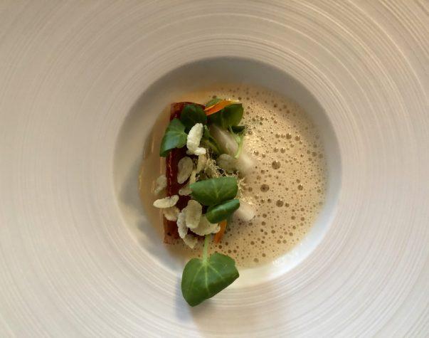 Amuse Bouche: Bodenseeaal / Grüner Curry