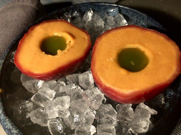 Karotten-Passionsfruchtsorbet / Olivenöl